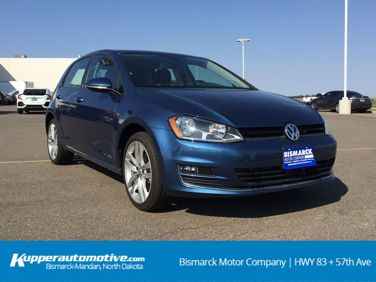 Pre Owned 2017 Volkswagen Golf Sel